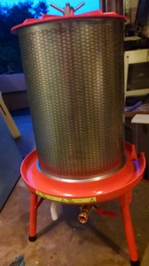 The bladder press is a lovely piece of equipment. below the juice channel, you can see the connector for the garden hose.